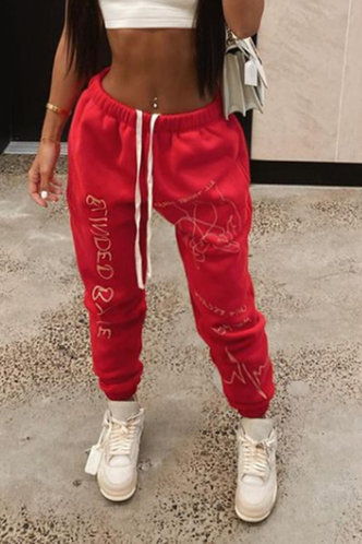 front_Mona Eve Red Sweatpants