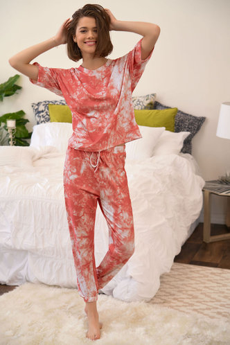 front_Yes Please Pink PJ Set