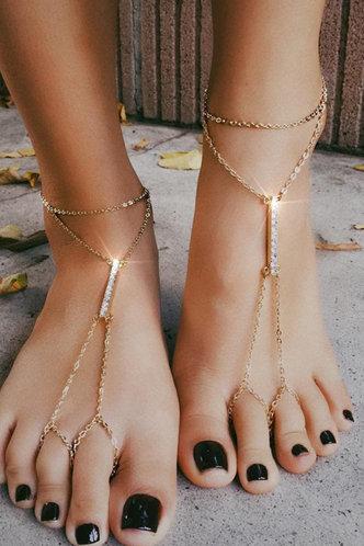 front_Erma Elsa Gold Rhinestone Mittens Anklet