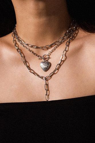 back_Selma Elsa Sliver Heart Pendant Layered Necklace