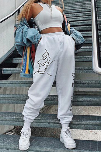 front_Olive Enid White Sweatpants