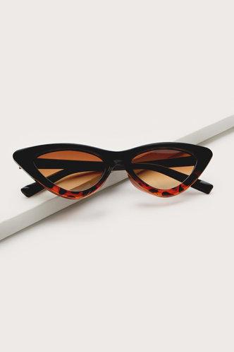 front_Sonya Eleanore Black Leopard Cat Eye Sunglasses
