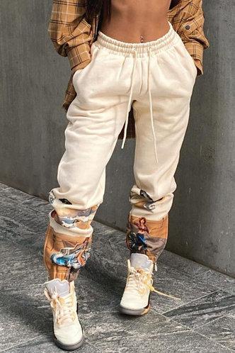 front_Mid Waist Graphic Pocket Beige Sweatpants