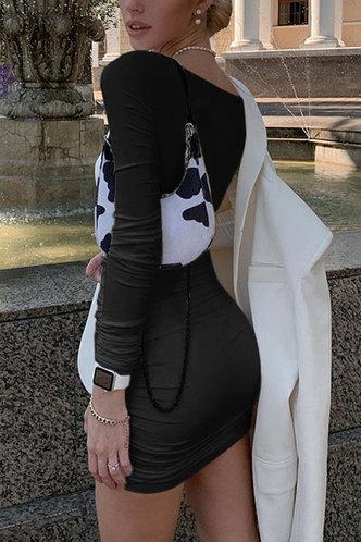 back_Prints Charming Black Ruched Dress