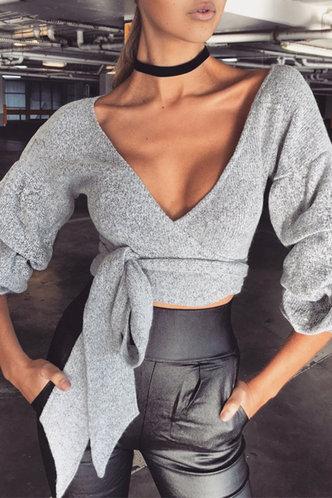 front_Emilia Eileen Light Grey Sweater