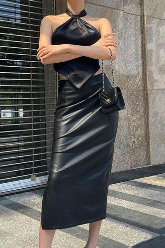 front_Deirdre Kamino Black Split Hem Skirt