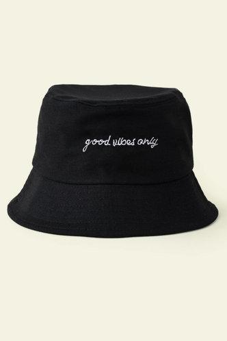 front_Lauren Elva Black Hat & Glove