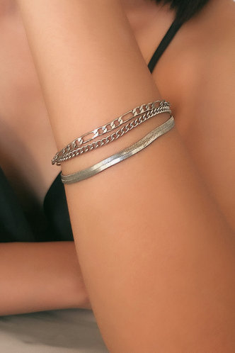 front_Madge Eileen Sliver Simple Chain Bracelet