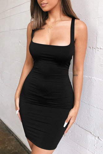 front_Marguerite Edith Black Bodycon Dress