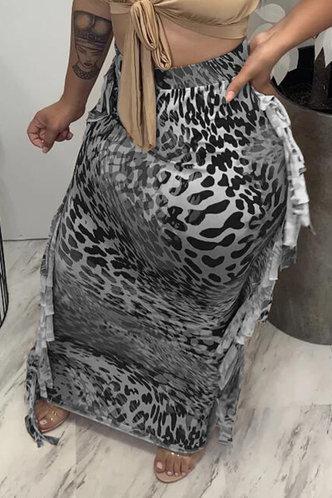 front_Mid Waist Leopard Print Black Skirt