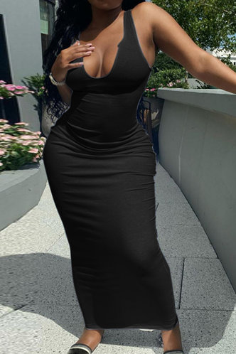 front_Hermosa Kradan Black Dress