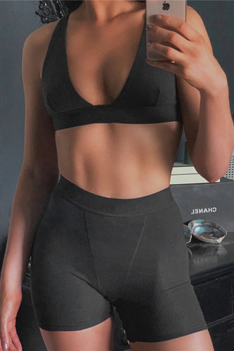front_Pullover Seamed Black Shorts Sets