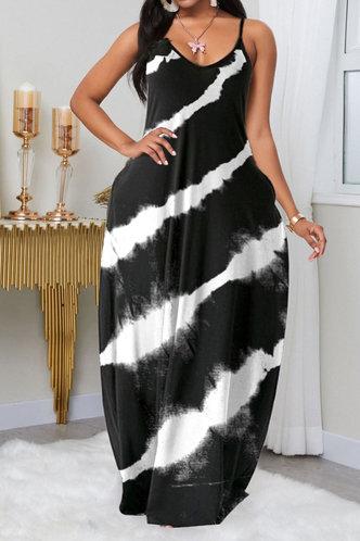 front_Nettie Elva Black And White Plus  Dress