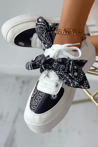 front_Flat Round Toe Paisley Print Sneakers