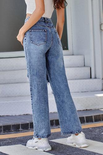 back_Doris Jarum Wash Blue Ripped Jeans