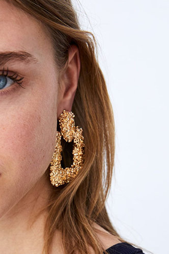 front_Lee Edwina Gold Textured Metal Earrings 1pair