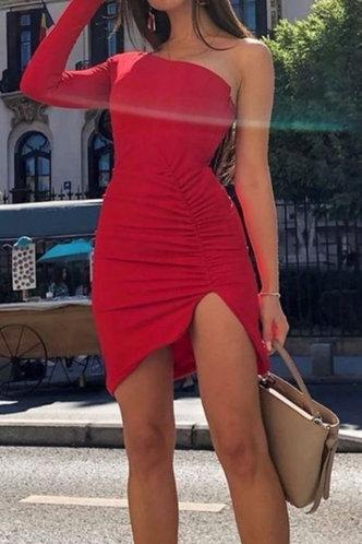 front_Hannah Makavel Red One Shoulder Split Hem Dress