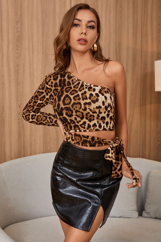 front_Cool Kitten Leopard Print One Shoulder Crop Top