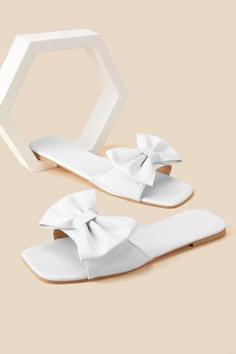 back_Enid Maksipes White Bowknot Decor Sandals