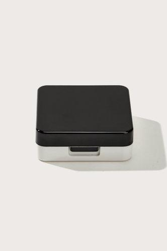 back_Vicky Elsa Black Solid Contact Lens Case Set