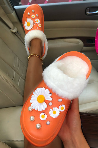 back_Plant Print Round Toe Metallic Flat Orange Sandals
