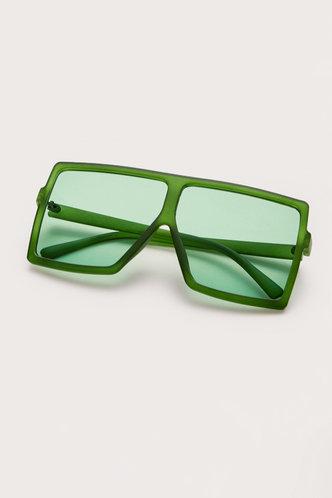 back_Summer Elizabeth Green Square Frame Sunglasses
