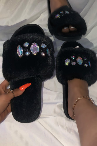 front_Flat Black Slippers
