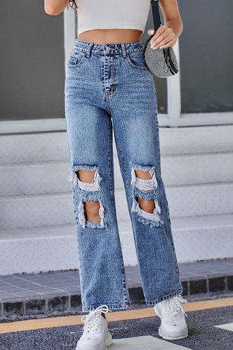 front_Doris Jarum Wash Blue Ripped Jeans