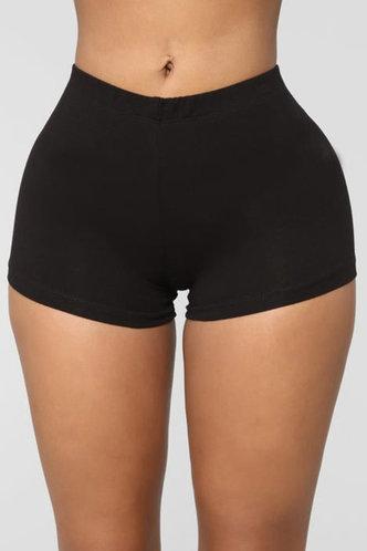 front_Eleanor Elva Black Shorts