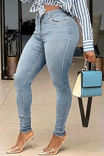 front_Cassandra Elaine Blue Jeans