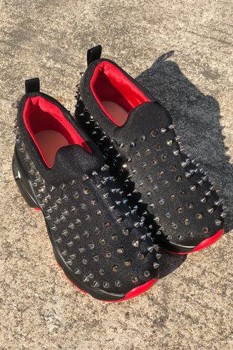 back_Flat Black Sneakers