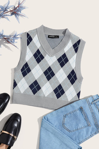 front_Eleanore Edwina Grey And Blue Plaid Vset Sweater