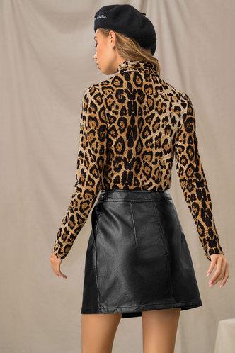 back_Fancy Feeling Leopard Print Turtleneck Top