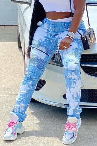 front_Esther Haska Wash Light Blue Jeans