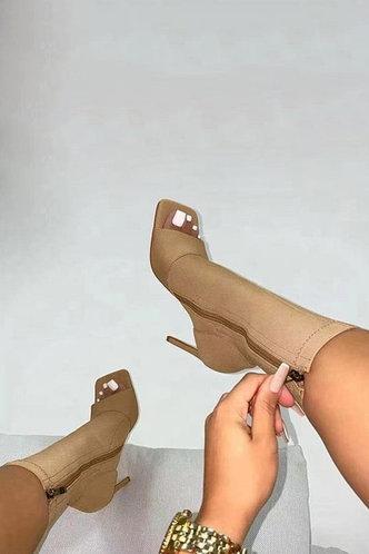 front_Madeleine Eve Khaki Stretch Boots