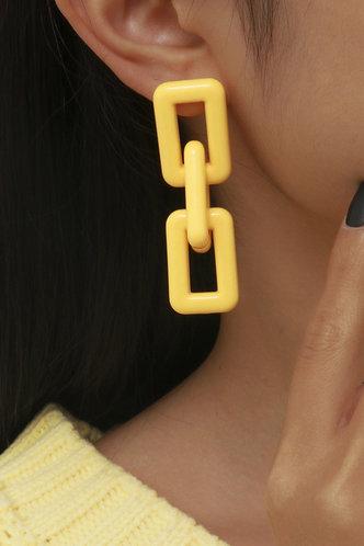 front_Megan Elma Yellow Chain Drop Earrings