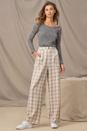 back_Cropped Cutie White And Tan Plaid Tartan Pants