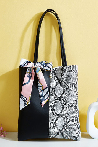 front_Patchwork Serpentine Black And Grey Snakeskin Print Tote Bags