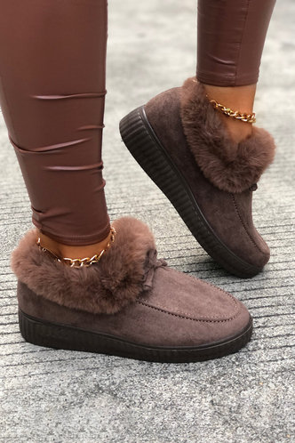 front_Plain Knot Low Heel Round Toe Coffe Boots