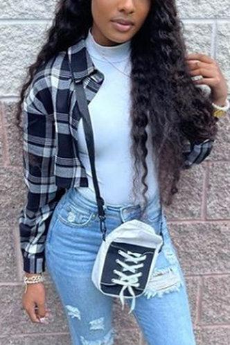 front_Shirt Collar Plaid Long Sleeve Regular Sleeve Black And White Blouses