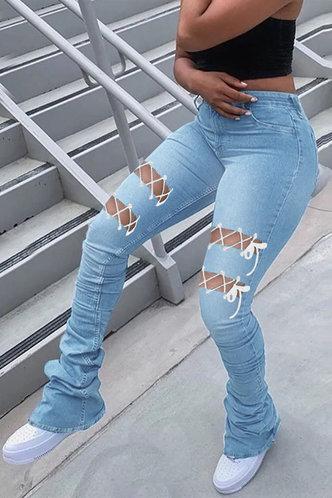 back_Mid Waist    Flare Leg Wash Light Blue Jeans