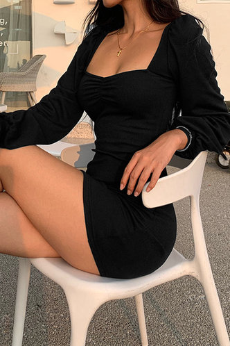front_Odelette Elva Black Puff Sleeve Dress