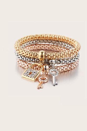 back_Multicolor Bracelets