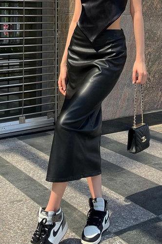 back_Deirdre Kamino Black Split Hem Skirt