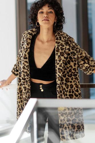 back_So Extra Leopard Print Teddy Coat