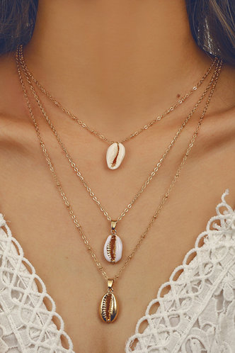 front_Annot Eleanore Gold Seashell Design Layered Necklace