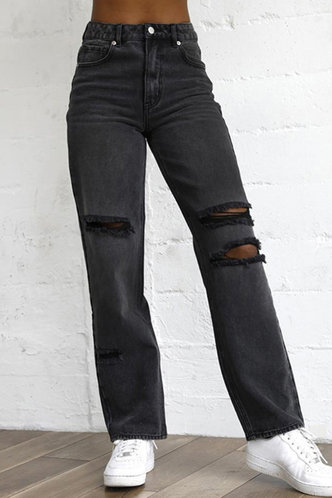 front_Odessa Black Ripped Jeans