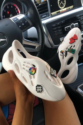 back_Round Toe Flat White Sandals