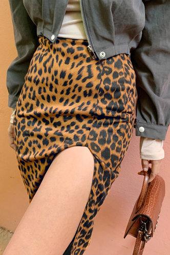 front_Carla Elvira Brown Leopard Print Skirt