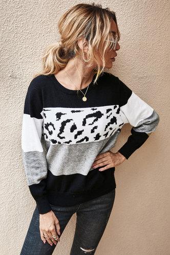 front_Eilene Multicolor Sweater